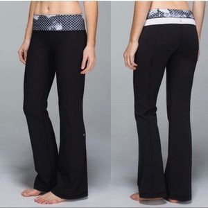 LULULEMON GROOVE PANT black Dottie dream size 8